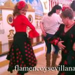 """Usuaria de la App """"Bailar Sevillanas"""", bailando Sevillanas en la feria de abril."""